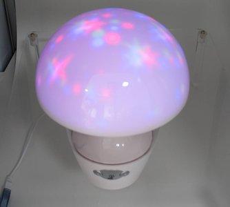 nachtlampje-led  paddestoel met sterrenprojectie en muziek
